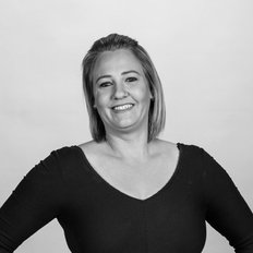 Amanda Reid, Sales representative