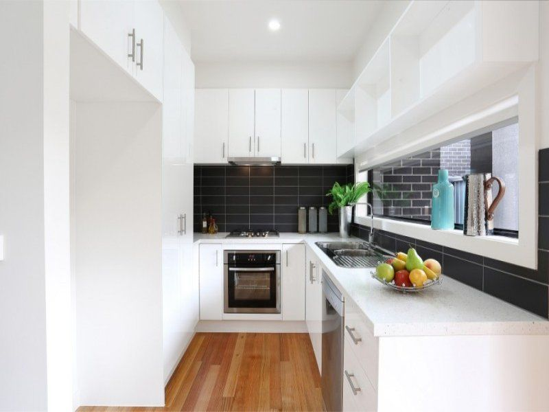 2/37 Watt Avenue, Oak Park VIC 3046, Image 1