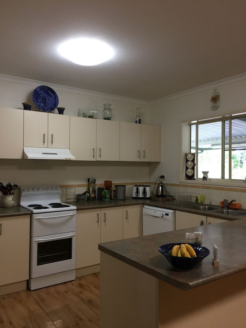 62 Paradise Palm Dr, Tully Heads QLD 4854, Image 2