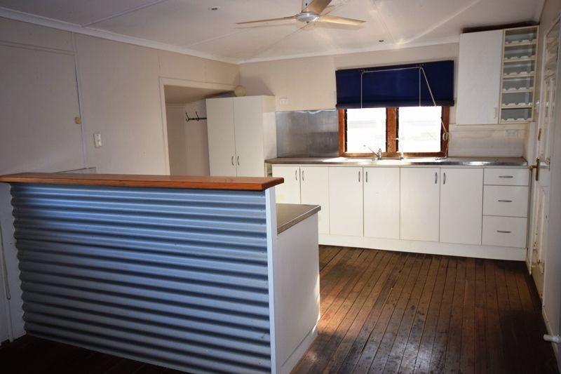 177 Ibis Street, Longreach QLD 4730, Image 2