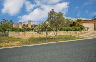Picture of 2 Willowcreek Mews, Woodvale WA 6026