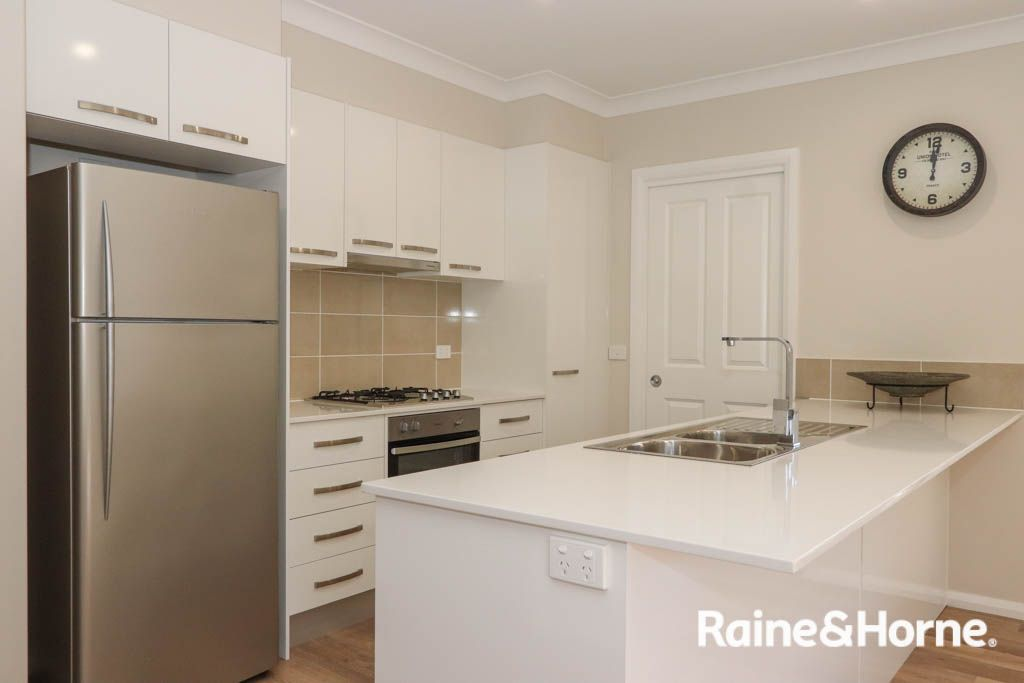 4/51 Stewart Street, Bathurst NSW 2795, Image 1