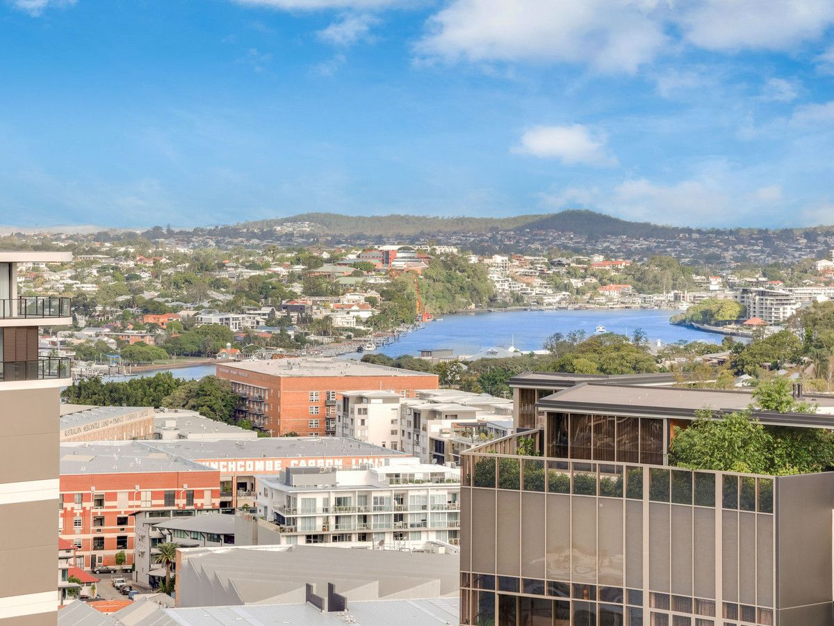 2111/30 Festival Place, Newstead QLD 4006, Image 2