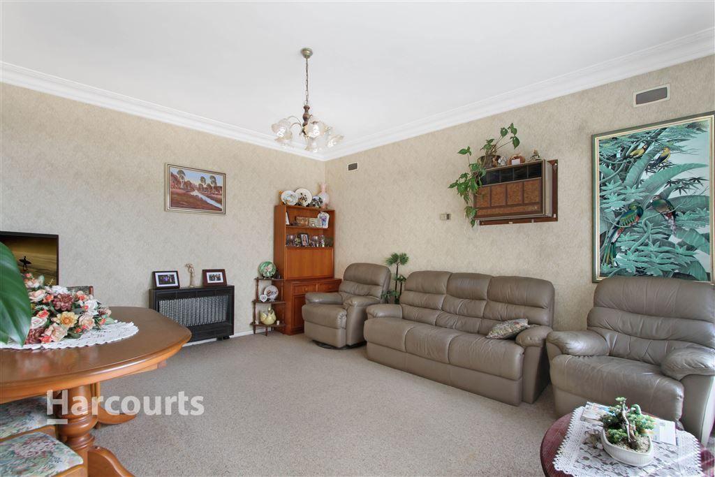 14 Gloucester Crescent, Dapto NSW 2530, Image 1