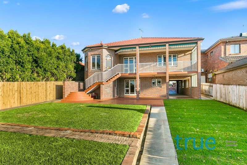 22 Russell Street, Russell Lea NSW 2046, Image 2