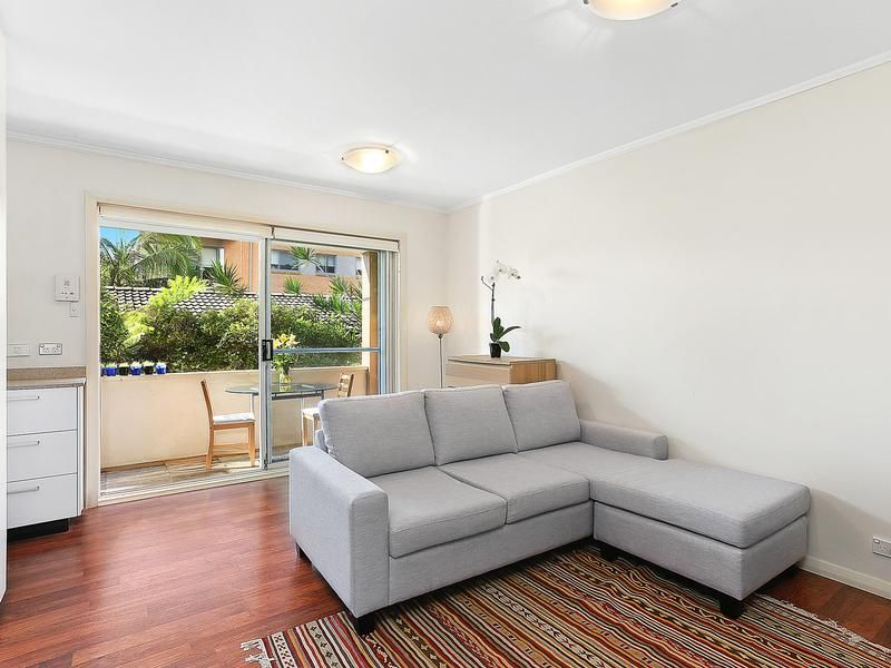 5/30 The Crescent, Dee Why NSW 2099, Image 2