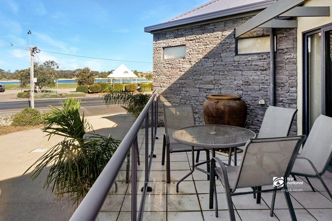 Picture of 4/607 Esplanade, LAKES ENTRANCE VIC 3909