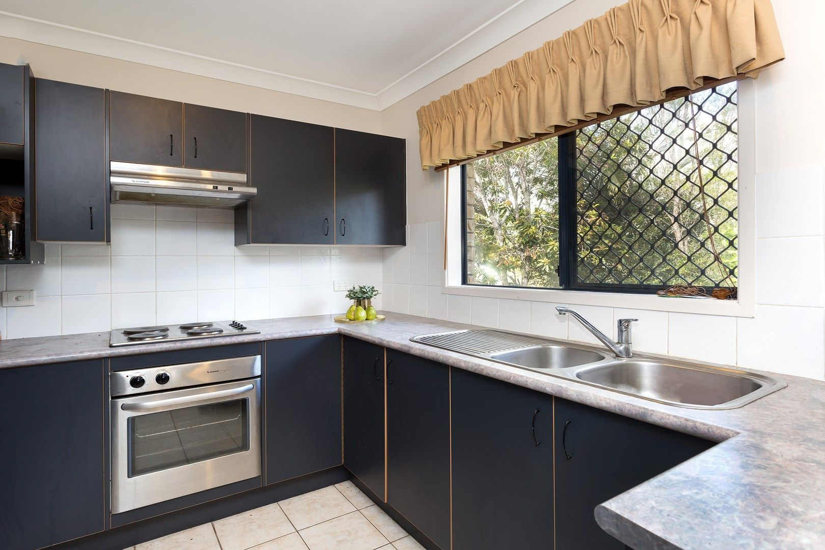 8 Cornuta Close, Bellbowrie QLD 4070, Image 0