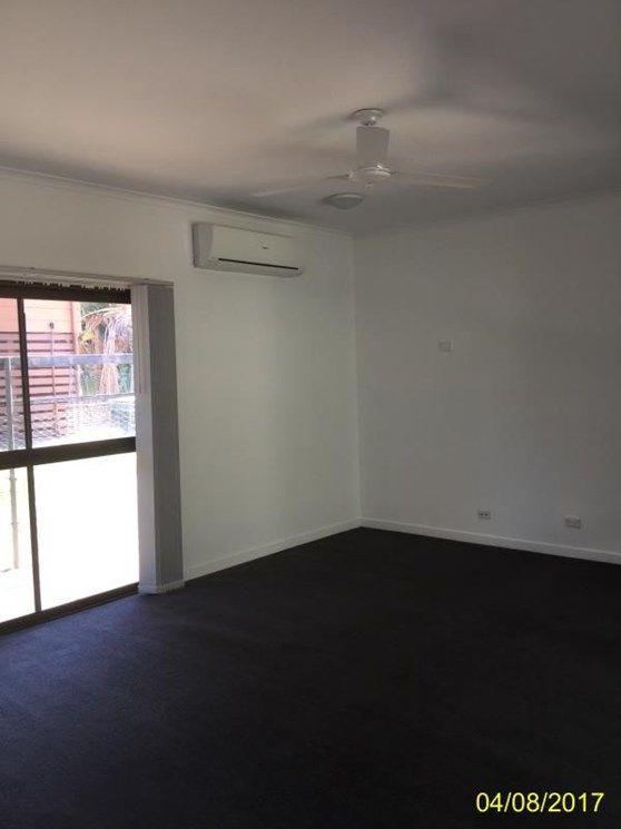 25 Walsh Avenue, Blackwater QLD 4717, Image 2