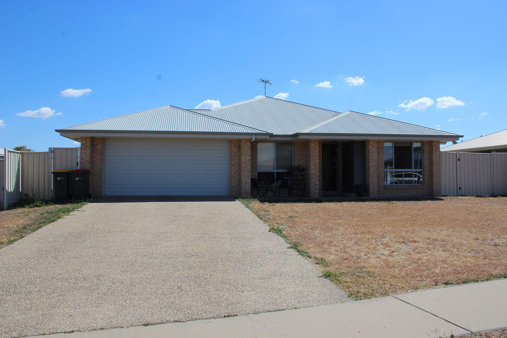 7 Mitchell Street, Emerald QLD 4720, Image 0