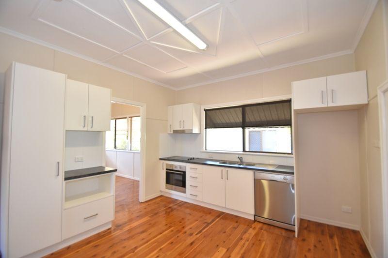 17 Searle Street, South Toowoomba QLD 4350, Image 0