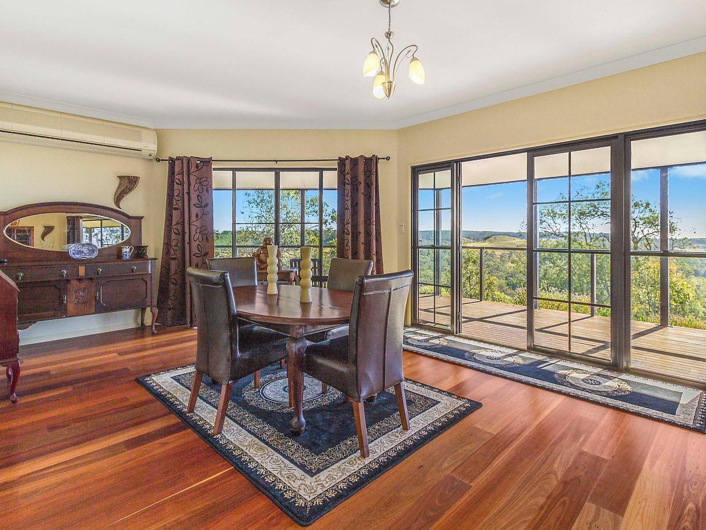 80 Forest Drive, Hampton QLD 4352, Image 2