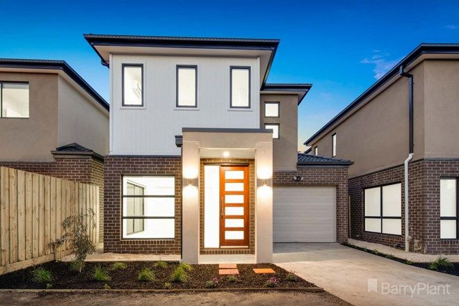 Picture of 2/10A Wadsley Avenue, PAKENHAM VIC 3810