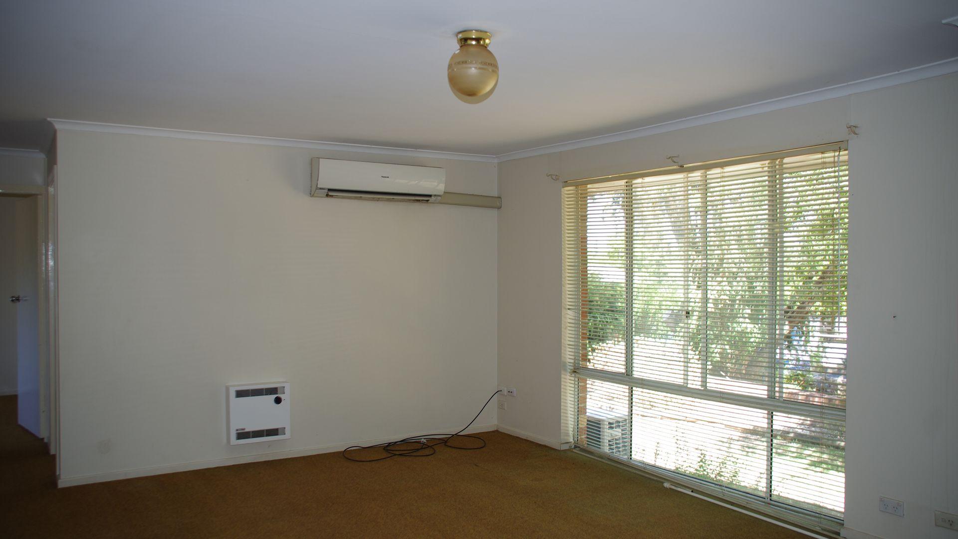 11B Vaux Lane, Cowra NSW 2794, Image 1