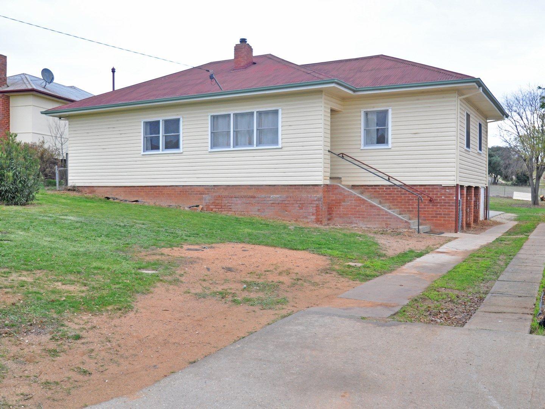 9 Robert Street, Junee NSW 2663, Image 0