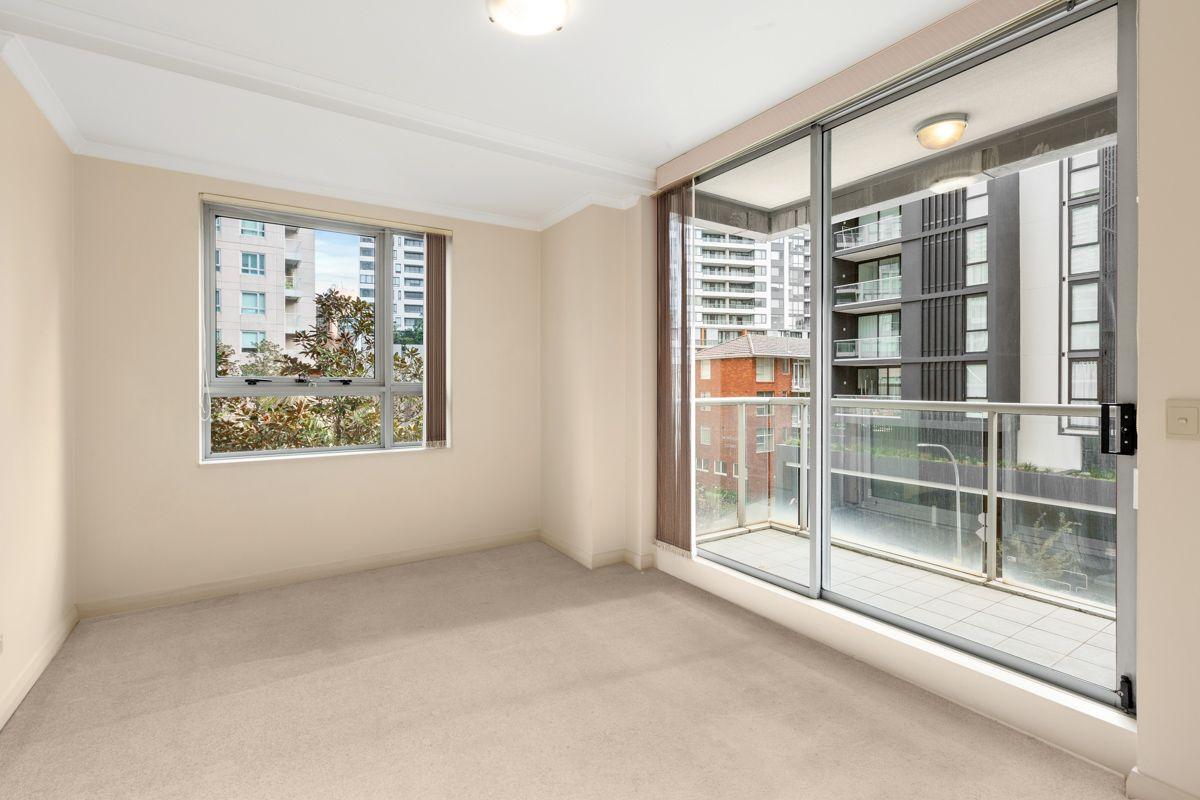 201/2B Help Street, Chatswood NSW 2067, Image 2
