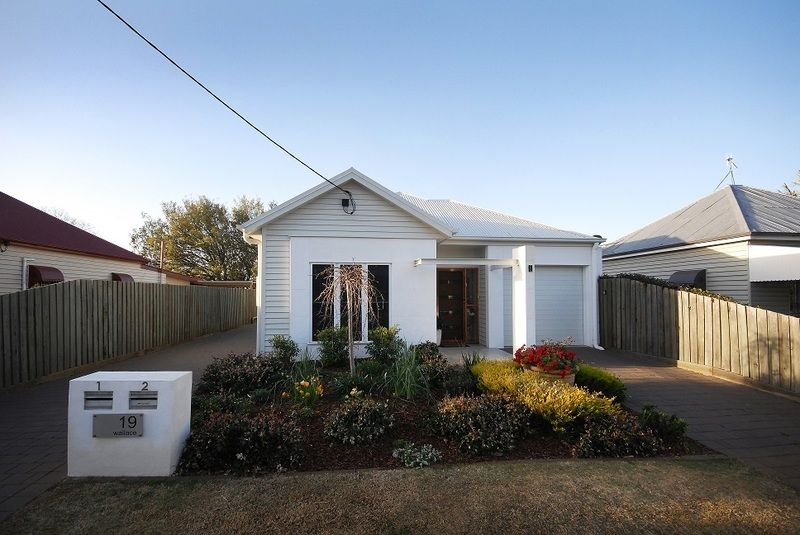 1/19 Wallace street, Newtown QLD 4350, Image 1