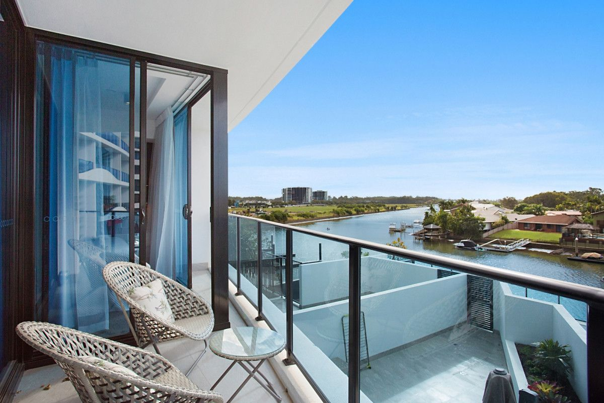 4206/5 Harbourside Court, Biggera Waters QLD 4216, Image 0