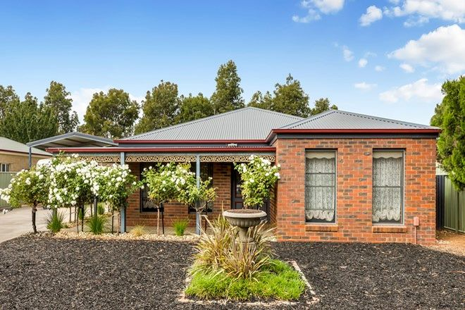 Picture of 22 Kennewell Street, WHITE HILLS VIC 3550