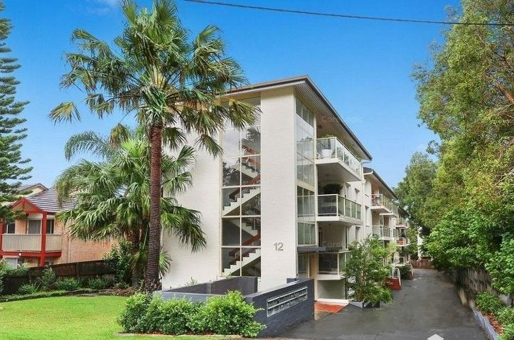 1/12 Golf Avenue, Mona Vale NSW 2103, Image 1