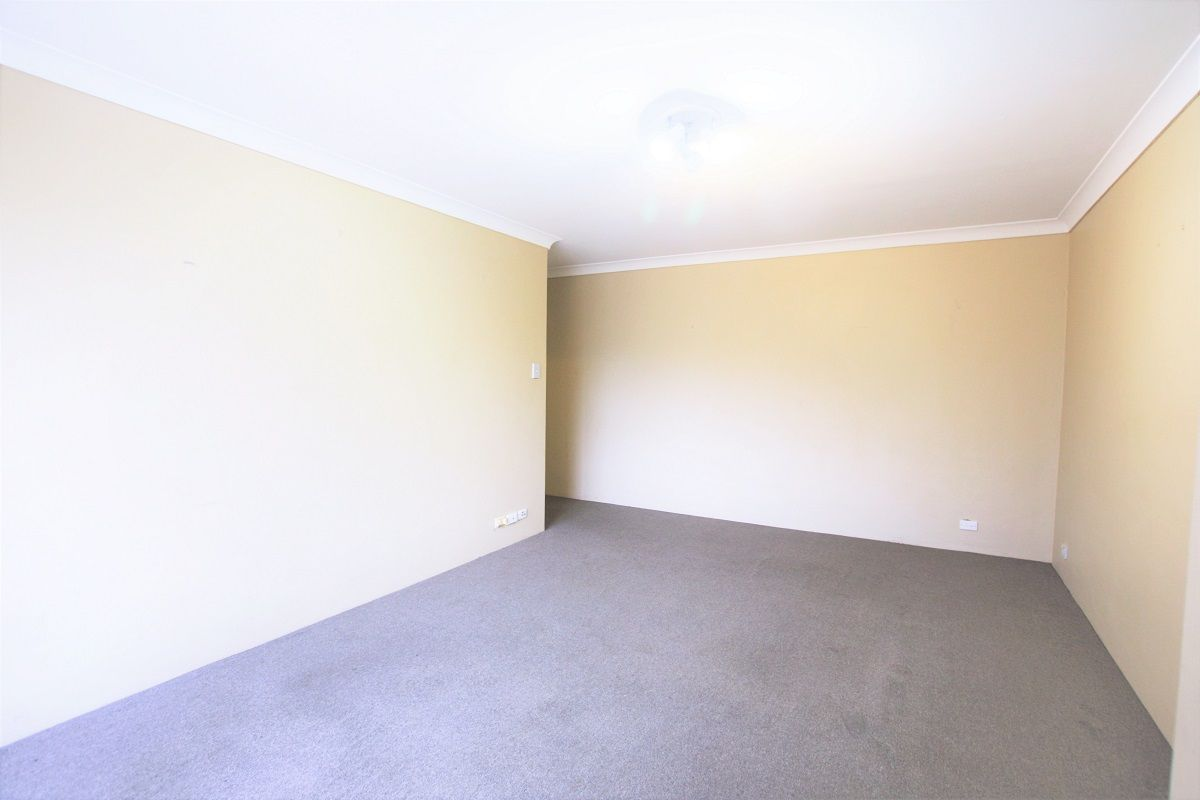 7/77 Menangle Street, Picton NSW 2571, Image 2