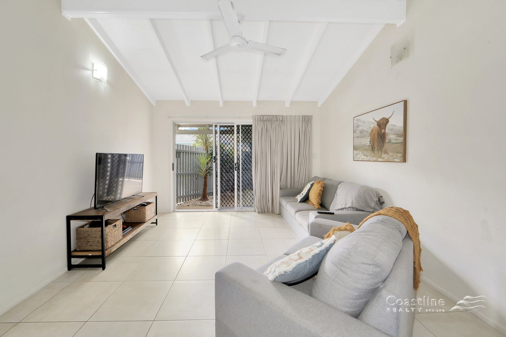 1/34 Sandhills Drive, Bargara QLD 4670, Image 1