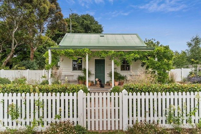 Picture of 14 Park Street, TRENTHAM VIC 3458