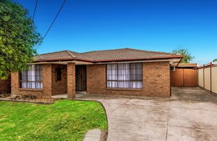 Picture of 10 Gryphon Walk, Kings Park VIC 3021