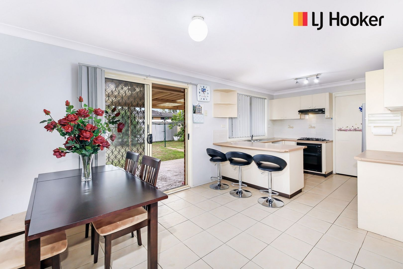 17 Ward Place, Hinchinbrook NSW 2168, Image 2