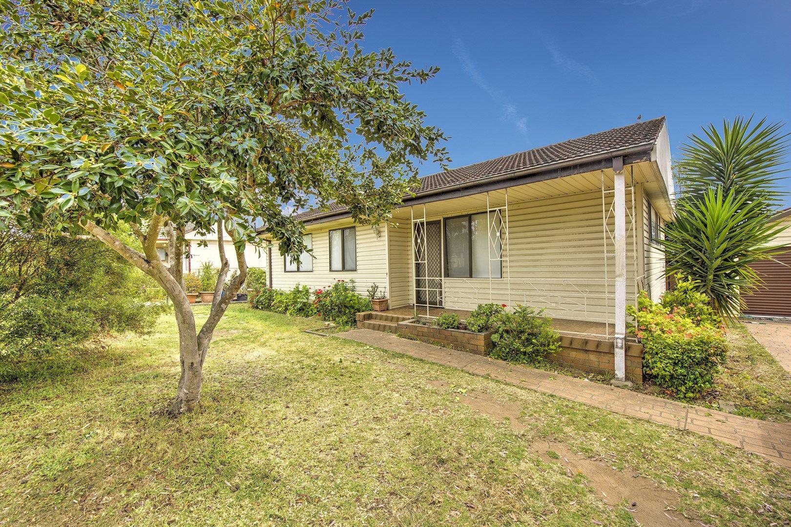 13 Seddon Place, Campbelltown NSW 2560, Image 0