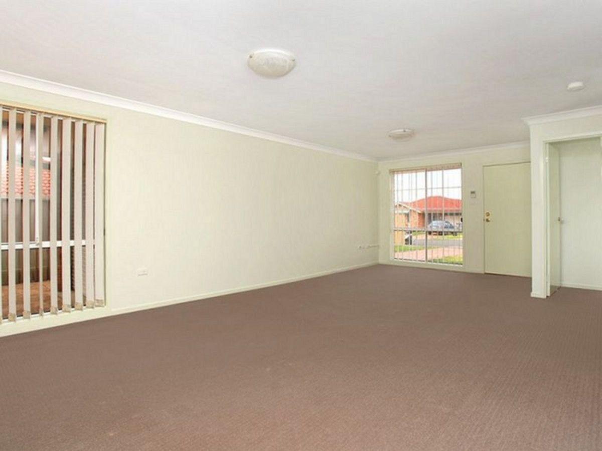 18 Glenview Grove, Glendenning NSW 2761, Image 2