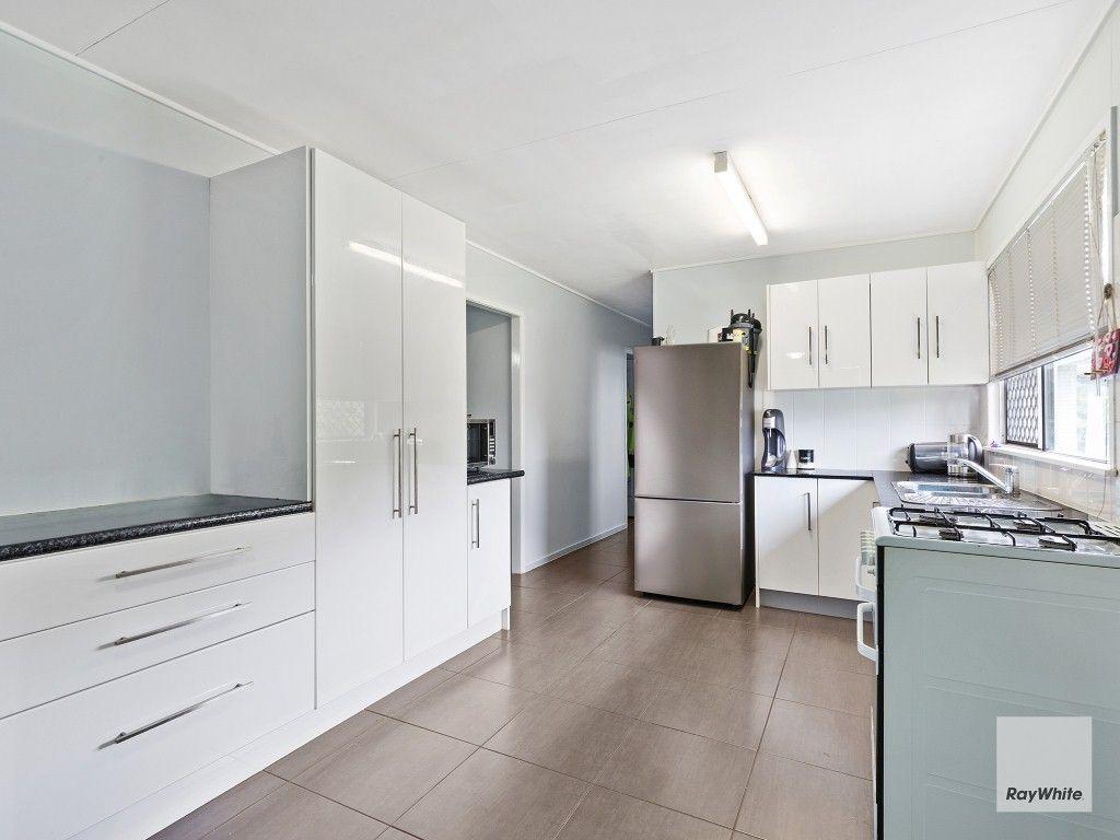 25 Thomasson Street, Park Avenue QLD 4701, Image 2