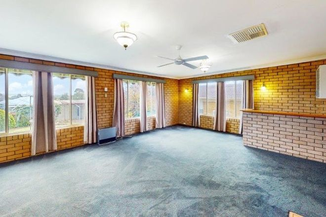 Picture of 11 Commins St, JUNEE NSW 2663