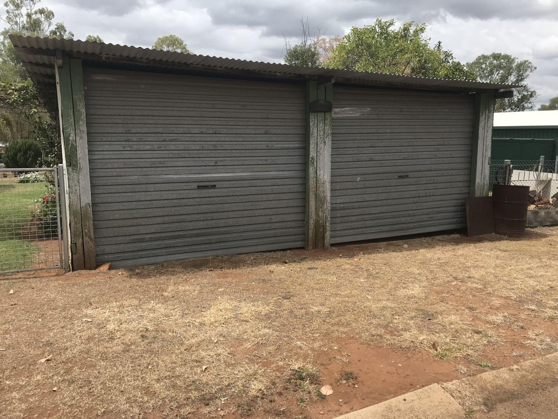 7 Golden Spur Street, Eidsvold QLD 4627, Image 2