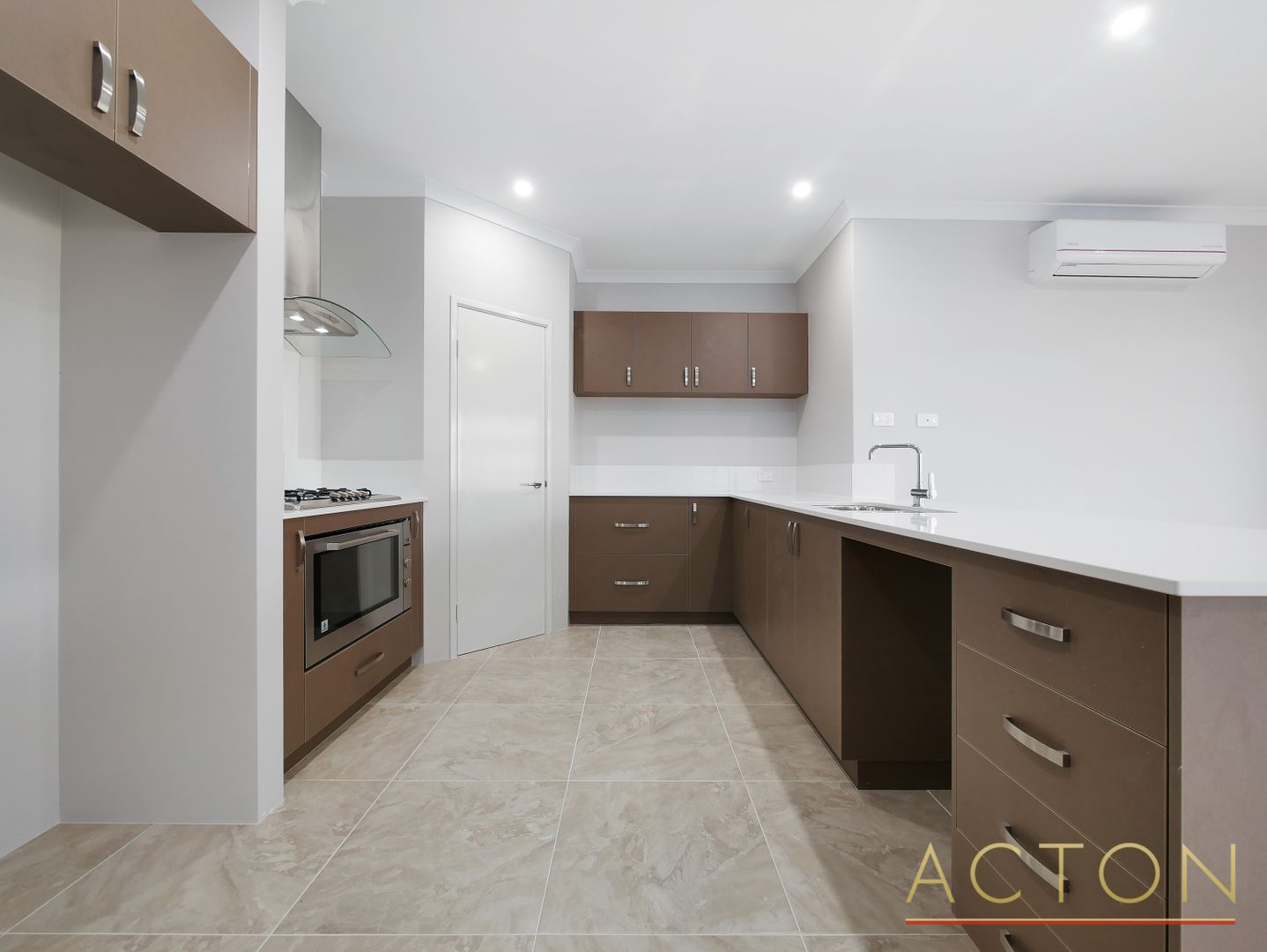 18B Stainsby Turn, Canning Vale WA 6155, Image 1