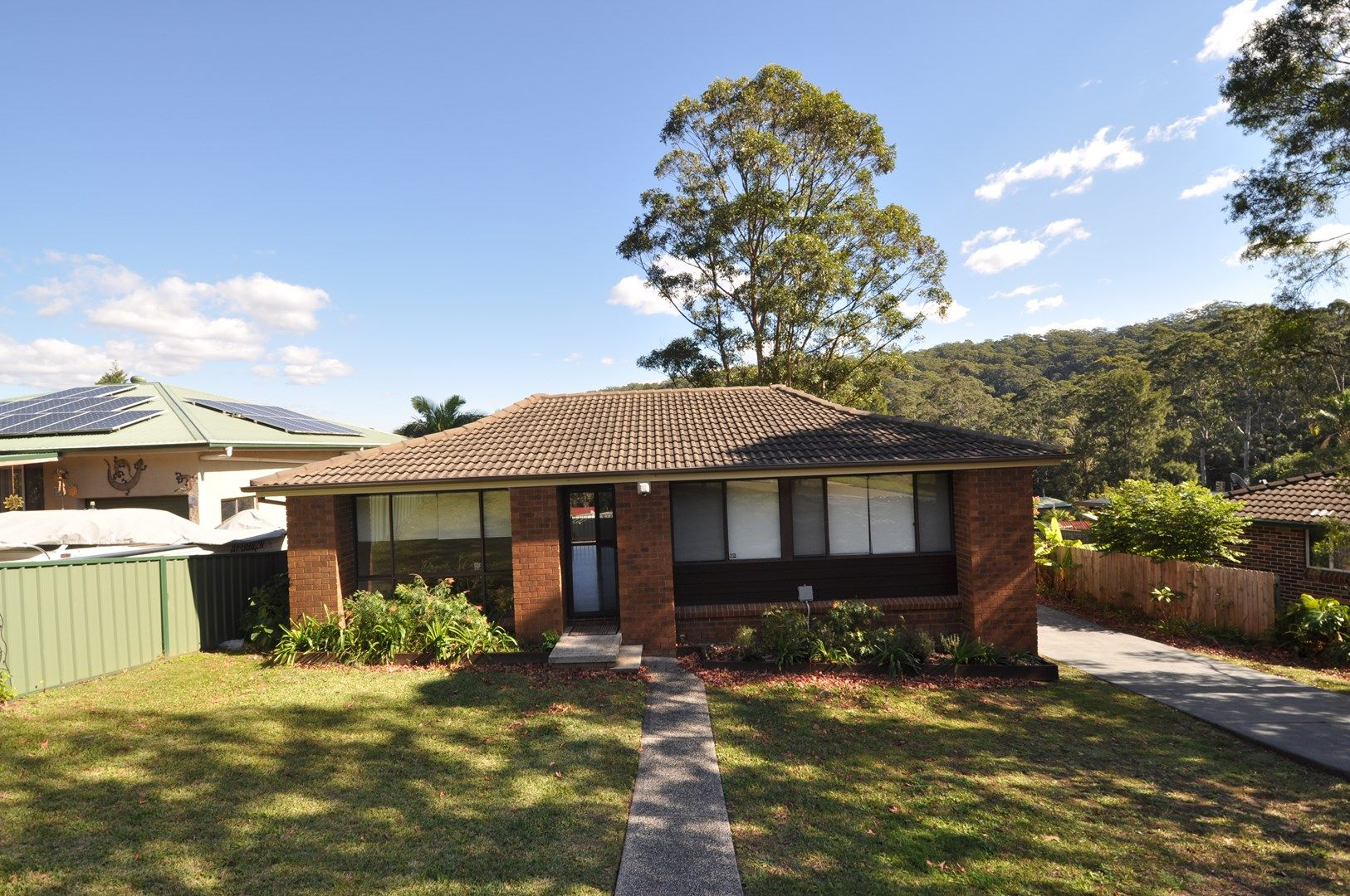 8 Holland Close, Springfield NSW 2250, Image 2