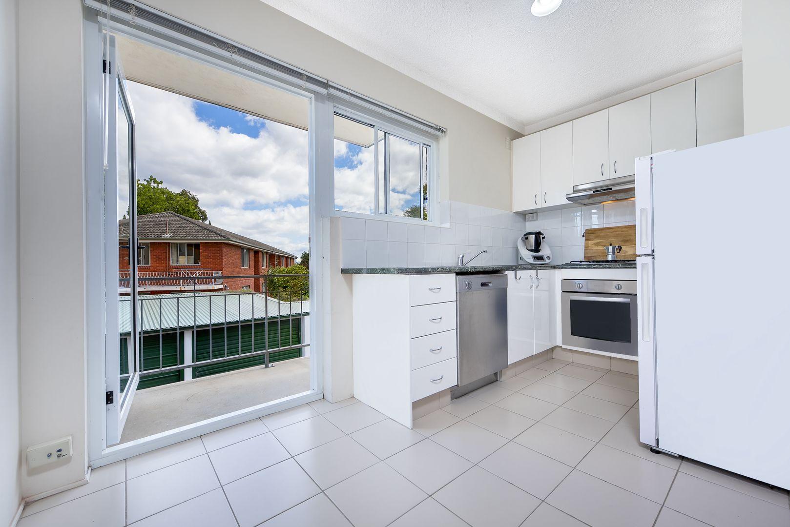 13/24 Chandos Street, Ashfield NSW 2131, Image 2