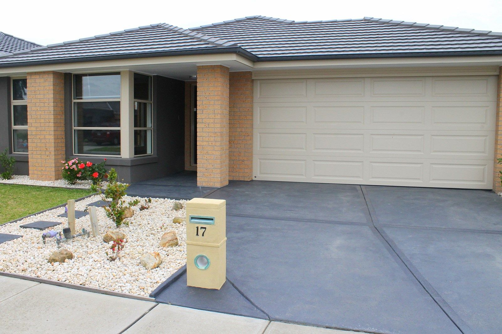 17 Verdant Avenue, Officer VIC 3809, Image 1