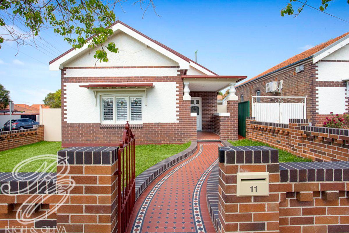 11 Tangarra Street, Croydon Park NSW 2133, Image 0