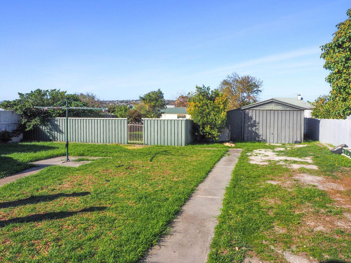 11 Myers Street, Port Lincoln SA 5606, Image 2