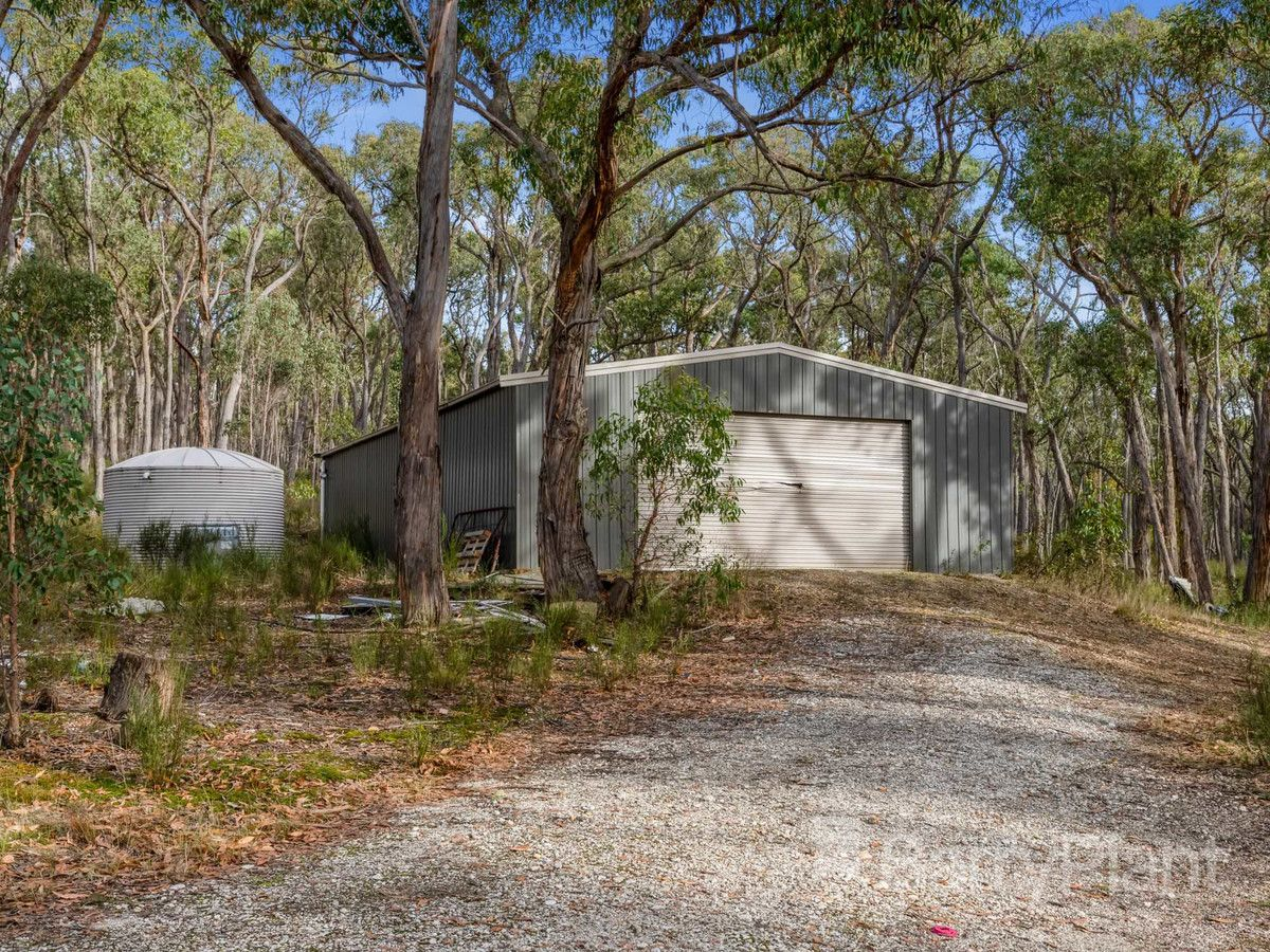 8A Browns Road, Scarsdale VIC 3351, Image 2