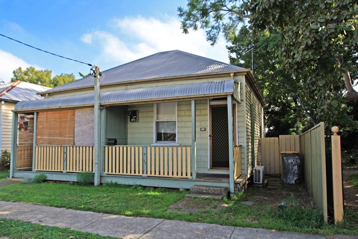 42 Charles Street, Maitland NSW 2320, Image 0
