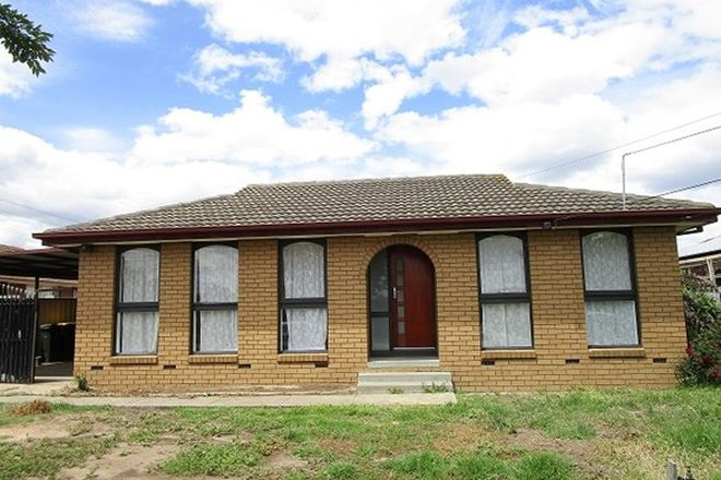 Picture of 3 Lovell Drive, ST ALBANS VIC 3021