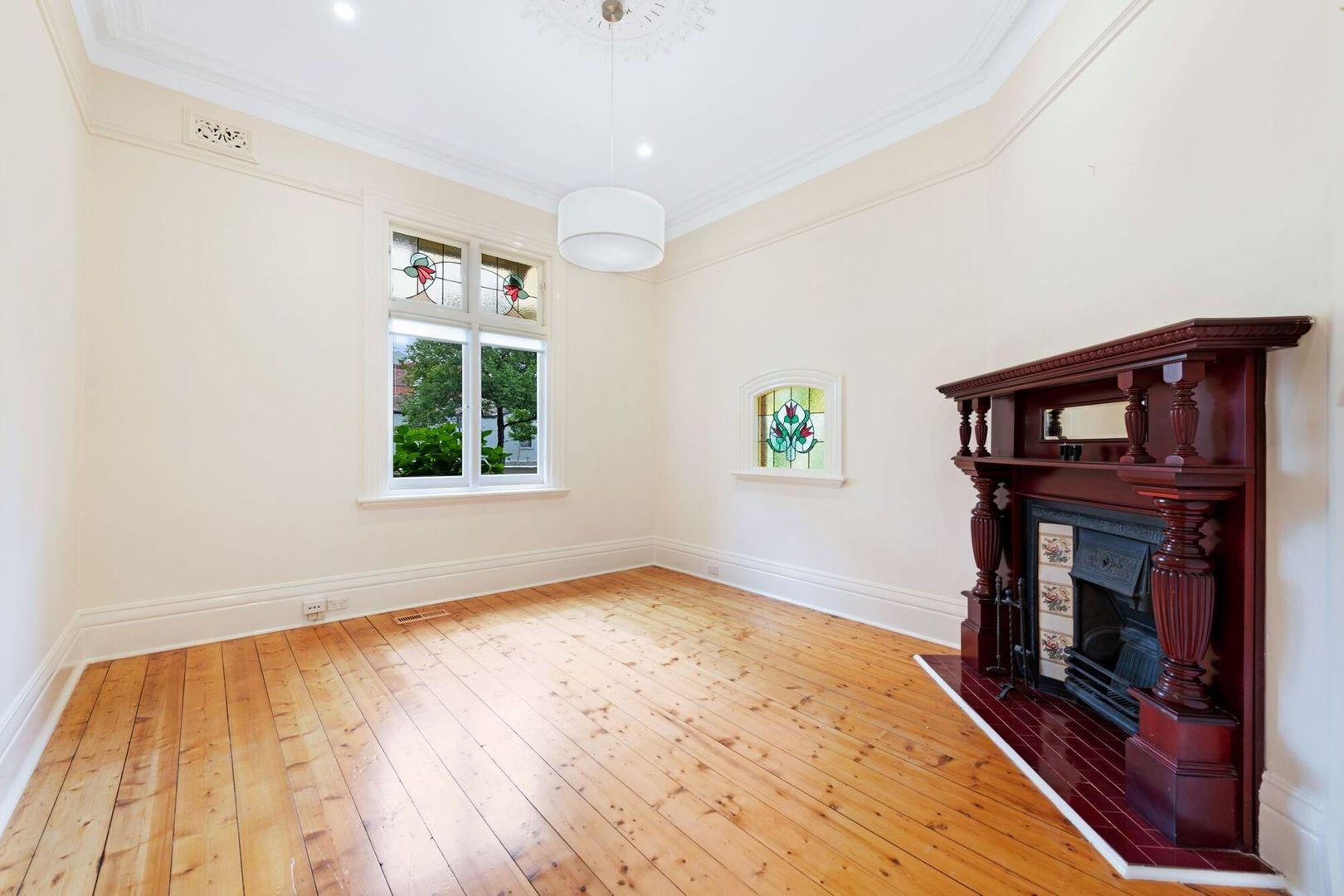 52 Hotham Street, East Melbourne VIC 3002, Image 2