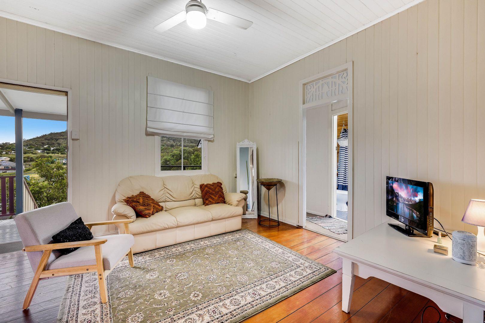 14 Elton Street, Greenmount QLD 4359, Image 2