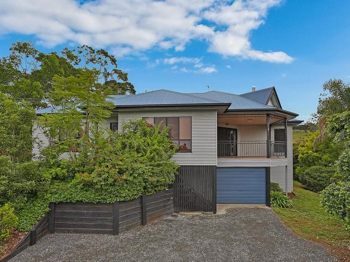 28 Hilltop Crescent, Blue Mountain Heights QLD 4350, Image 0