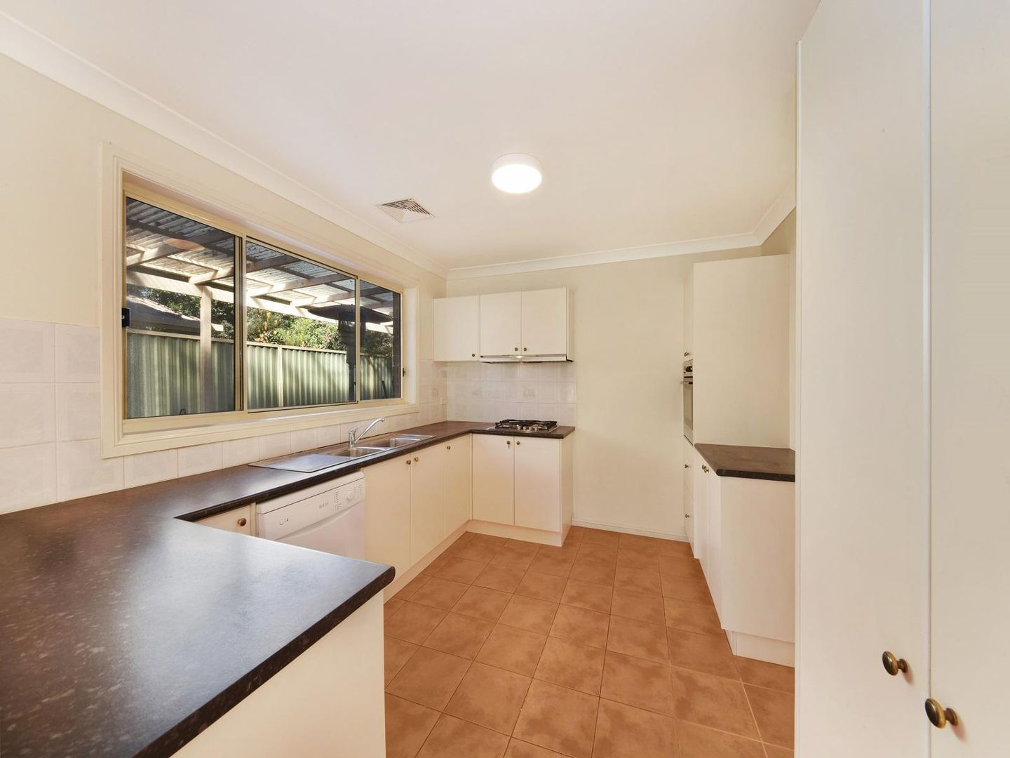2 Kookaburra Avenue, Hornsby Heights NSW 2077, Image 2