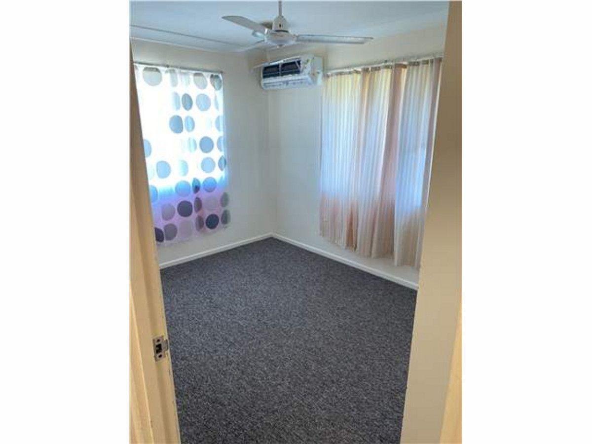 2/254 McCabe Avenue, Rockhampton City QLD 4700, Image 2