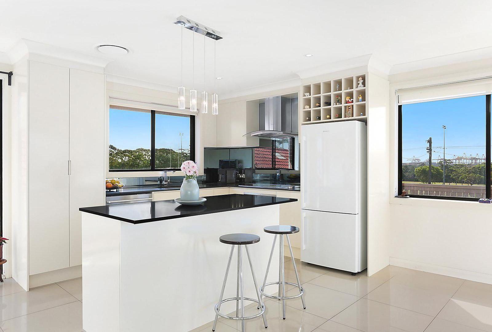 37 Yarra Road, Phillip Bay NSW 2036, Image 1