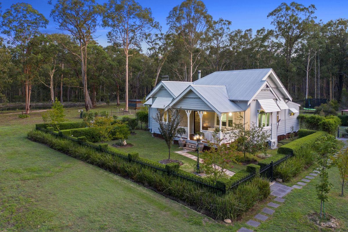 735 Sandy Creek  Road, Quorrobolong NSW 2325, Image 0